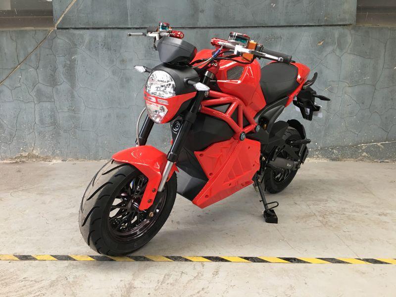 Гоночный мотоцикл Heidu 1